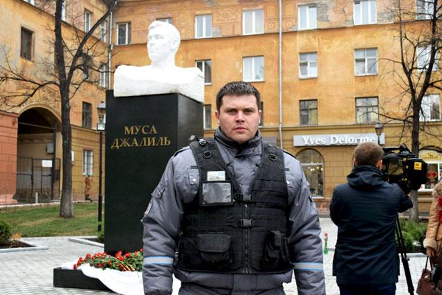 Охранник «Дельта-Челябинск» следит заобщественным порядком на мероприятии